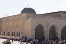 Yahudi yerleşimciler Mescid-i Aksa'yı bastı