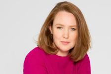 Paula Hawkins'in yeni romanı Karanlık Sular raflarda