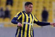 Fenerbahçe Van der Wiel'i FIFA'ya şikayet edecek