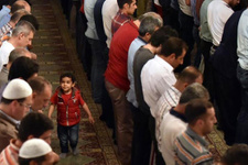 Berat Kandili duası ve 100 rekatlık namazı kılan o sene ölürse...