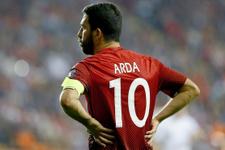 Arda Turan'ın forması hangi futbolcunun oldu?