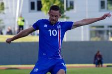 İzlanda Hırvatistan'ı son dakika golüyle yendi