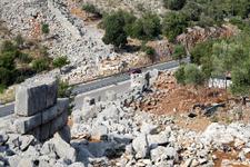 Antalya'da 2 bin 300 yıllık yol bulundu İskender buradan geçmiş