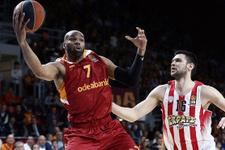Alex Tyus Galatasaray'a veda etti