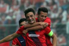 Galatasaray'ın istedi! Genç forvet geliyor