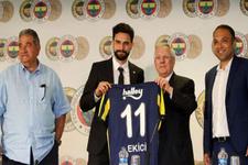 Mehmet Ekici resmen Fenerbahçe'de...