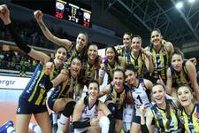 Fenerbahçe'de 6 voleybolcunun sözleşmesi yenilendi