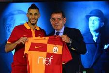 Galatasaray Younes Belhanda ile sözleşme imzaladı