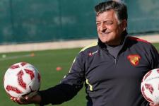 Yılmaz Vural Göztepe'yi Süper Lig'e çıkardı