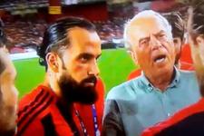Penaltı kaçıran Uğur İnceman'ı Erkan ikna etti
