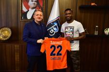 Başakşehir'in ilk transferi Chedjou!