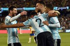 Sampaoli'li Arjantin ilk maçta Brezilya'yı yendi