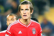 Beşiktaş Atınç Nukan'ı KAP'a bildirdi