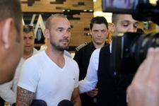 Kontrolden geçen Sneijder'den ilk açıklama