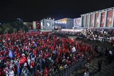 Binlerce vatandaş Ankara'da Erdoğan'ı bekliyor