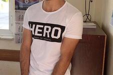 Erzurum'da 'Hero' yazılı tişört giyen 2 kişiye gözaltı