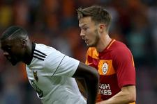 Galatasaray'da ''Yönetim istifa'' tezahüratı