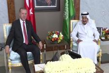 Erdoğan, Suudi Arabistan Kralı Selman bin Abdülaziz ile bir araya geldi