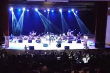 İlyas Yalçıntaş'ın Irak konserine bakın binler izledi