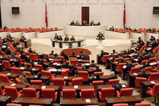 İçtüzük CHP'nin itirazına rağmen kabul edildi