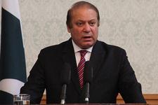 Pakistan Başbakanı Navaz Şerif görevden alındı şok karar