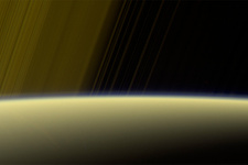 Cassini Satürn'ün uydusu Titan'da aracı molekül keşfetti