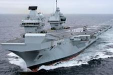 İngiltere'den Güney Çin Denizi'ne iki uçak gemisi