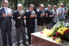 Galatasaray'dan Ali Sami Yen'e anlamlı ziyaret