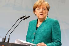 Angela Merkel: Kürt bölgesinden yanayım