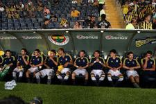 Fenerbahçe'nin UEFA listesi şekillendi