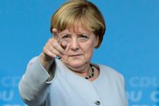 Merkel seçim kampanyasına resmen başladı