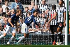 Tottenham 2. yarıda fişi çekti