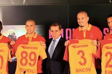 Galatasaray'da gövde gösterisi imzalar atıldı