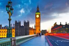 İngiltere'de işsizlik oranı rekor seviyede düştü
