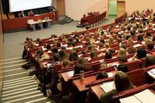 İki üniversite duyurdu öğretim elemanları alınacak!
