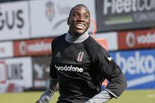 Demba Ba Beşiktaş'a mesaj gönderdi