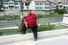 Oğluyla dalga geçmesinler diye 143 kilo verdi
