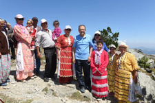 Başkan Uğur Yörük ve Türkmenleri yalnız bırakmadı