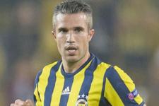 Fenerbahçe'ye Alper Potuk ve Van Persie'den kötü haber