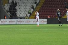 Gaziantepsporlu futbolculardan yönetime şok protesto