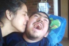 25 yaşındayken engelli bir çocuğu evlatlık edindi daha sonra ise...