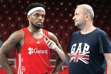 Yıldız oyuncu Basketbol Milli Takım kadrosundan çıkarıldı