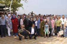 MHP'den istifa eden Akşenerciler'den gövde gösterisi