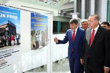 Başkan Türel ödülü Cumhurbaşkanı Erdoğan'ın elinden aldı