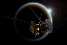 Cassini'den Titan'a 'elveda öpücüğü'