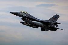 Kuzey Irak'a operasyon: 13 terörist öldürüldü!