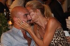 Güzel sunucuya aşk yaradı! 1 milyon doları gözden çıkardı!