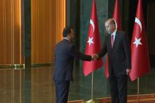 Zühtü Arslan Erdoğan'ın önünde eğildi mi?