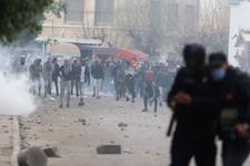 İran'dan sonra bir ülke daha karıştı! Ortalık savaş alanına döndü