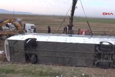 Silopi'de Irak'a yolcu taşıyan otobüs devrildi: 9 ölü, 28 yaralı